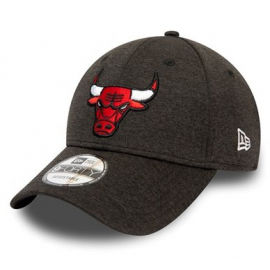 New Era 9FORTY SHADOW TECH CHICAGO BULLS