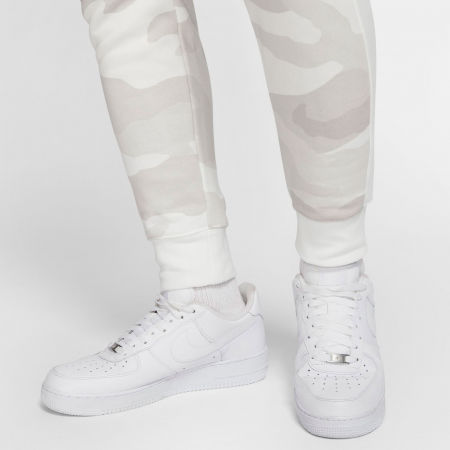 Pánské tepláky - Nike SPORTSWEAR CLUB - 8