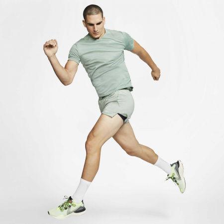 Pánské běžecké tričko - Nike DRY MILER TOP SS M - 5
