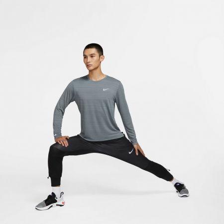 Pánské běžecké triko s dlouhým rukávem - Nike DRI-FIT MILER - 9