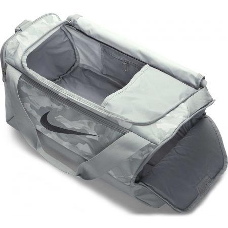Sportovní taška - Nike BRASILIA S DUFF 9.0 AOP2 - 4