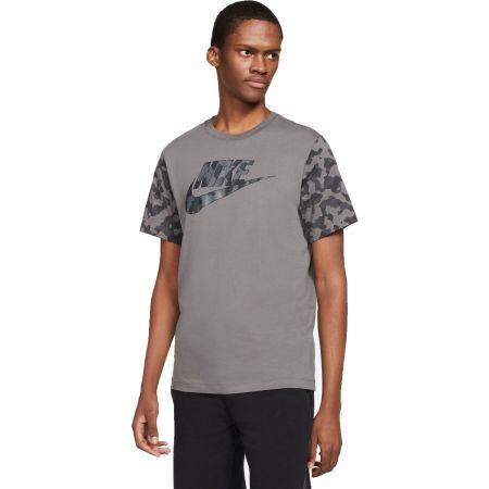 Nike NSW TEE FUTURA CLUB FILL M - Pánské tričko