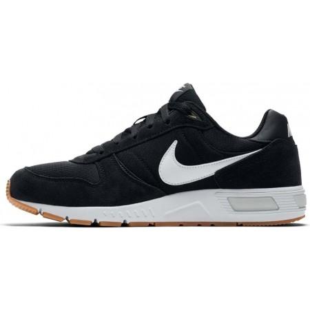 Pánská volnočasová obuv - Nike NIGHTGAZER SHOE - 2