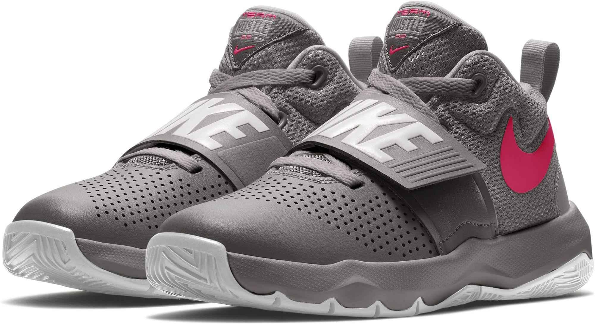 c28998c3f54e3 Nike TEAM HUSTLE D8 GS. Dětská basketbalová obuv