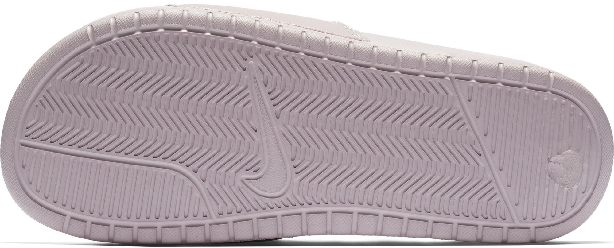 9b5cdd5c84 Nike BENASSI JUST DO IT W. Dámské pantofle. Dámské pantofle. Dámské pantofle.  Dámské pantofle. Dámské pantofle